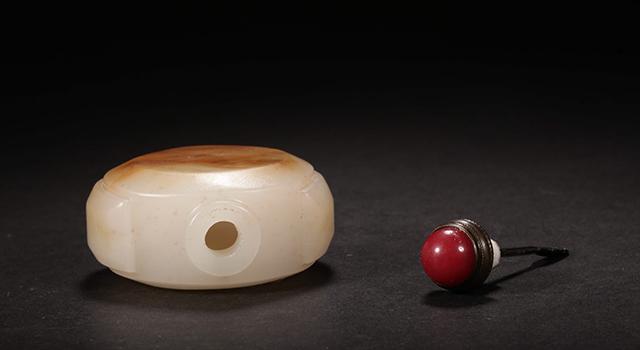 和田籽料白玉-美沁壺鼻煙壺