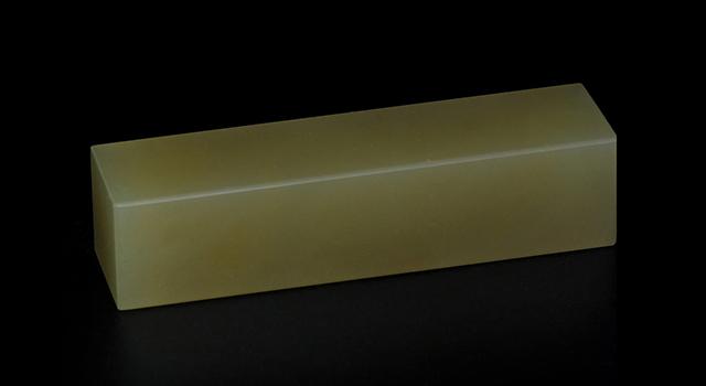 丹東牛角凍-素體六平正方章