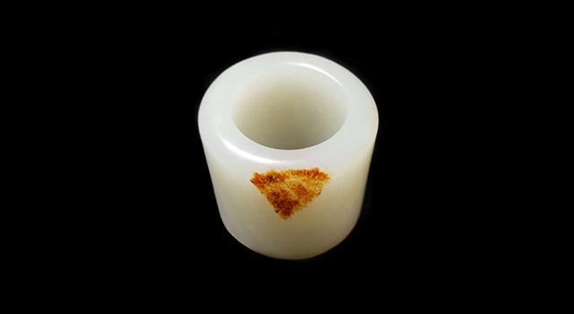 (已讓)新彊和闐玉-白玉籽料玉扳指