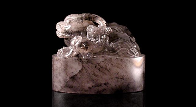 (珍藏)壽山高山瑪瑙凍-古獸母子鈕橢圓章