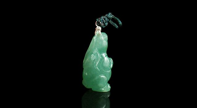 翡翠冰糯綠-玉兔鑲吊墜