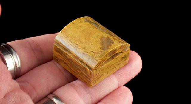 外省黃金千層岩-瓦當正方章