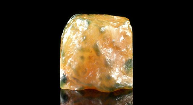 (已訂)老撾烏鴉皮田黃凍-蘿蔔絲素體原石胎